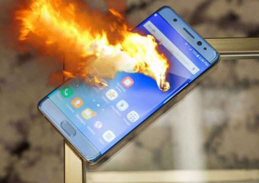چه عواملی سبب انفجار باتری موبایل می شوند؟