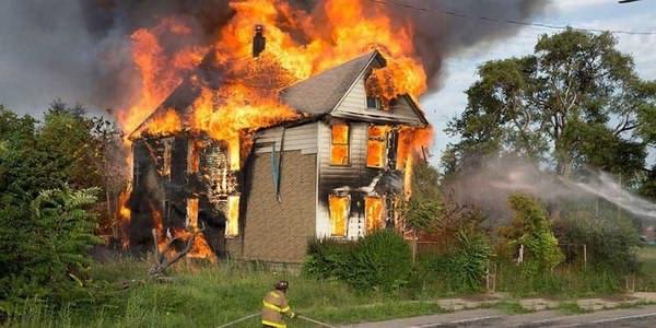نحوه مراقبت از منزل در برابر عوامل ایجاد کننده آتش